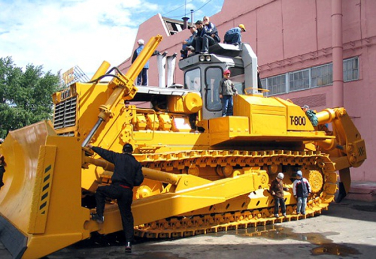 Thumb t 800 largest in ussr